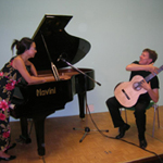 Anne Ku and Robert Bekkers playing Drizzle in Cortona, July 2007